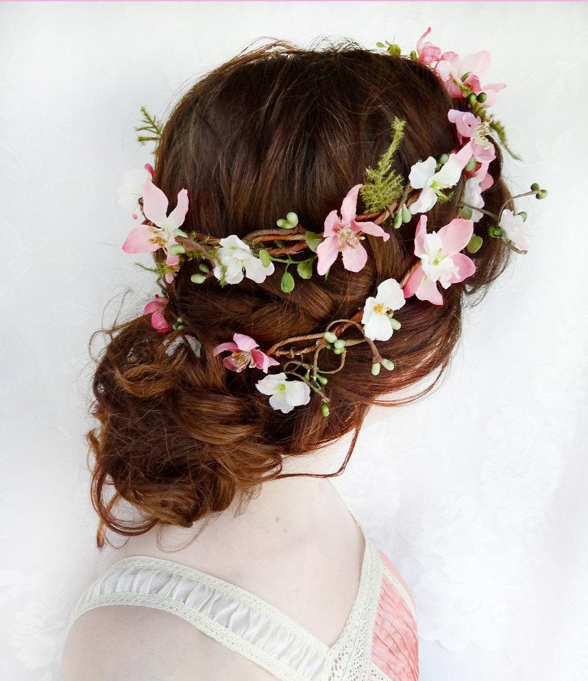 Květinový věnec na hlavu